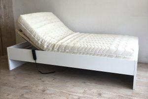 Baş ucu kalkan yatak