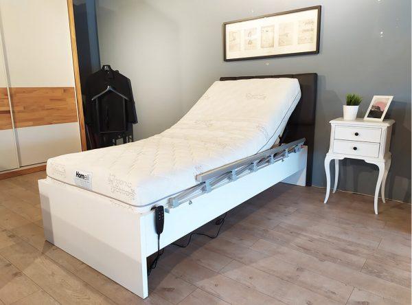 Hasta yatağı başlıklı