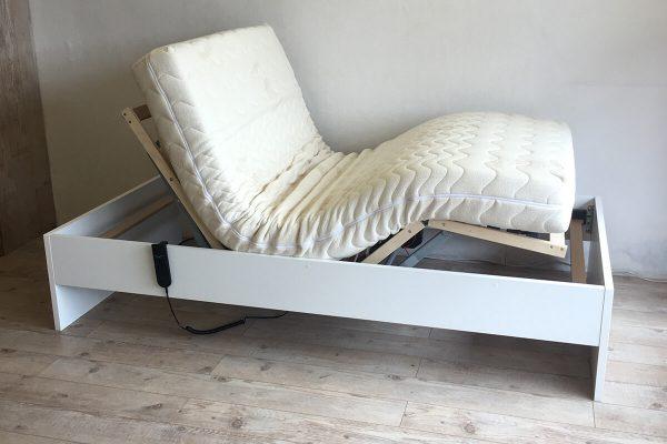 Hasta yatağı ev tipi