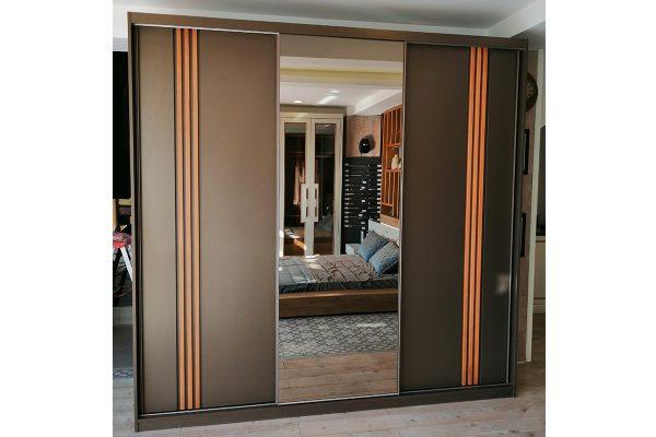 Ayna kapaklı raylı dolap modeli